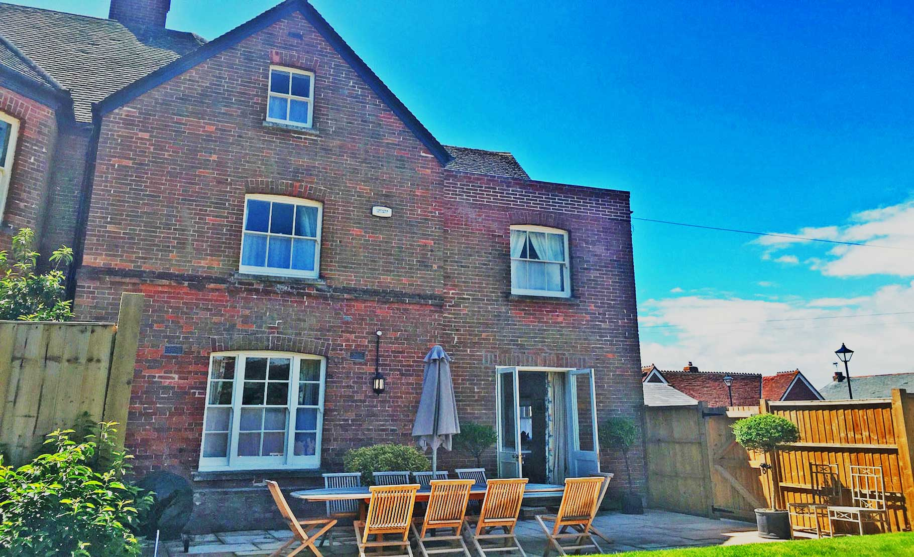 Dorset corporate house to rent