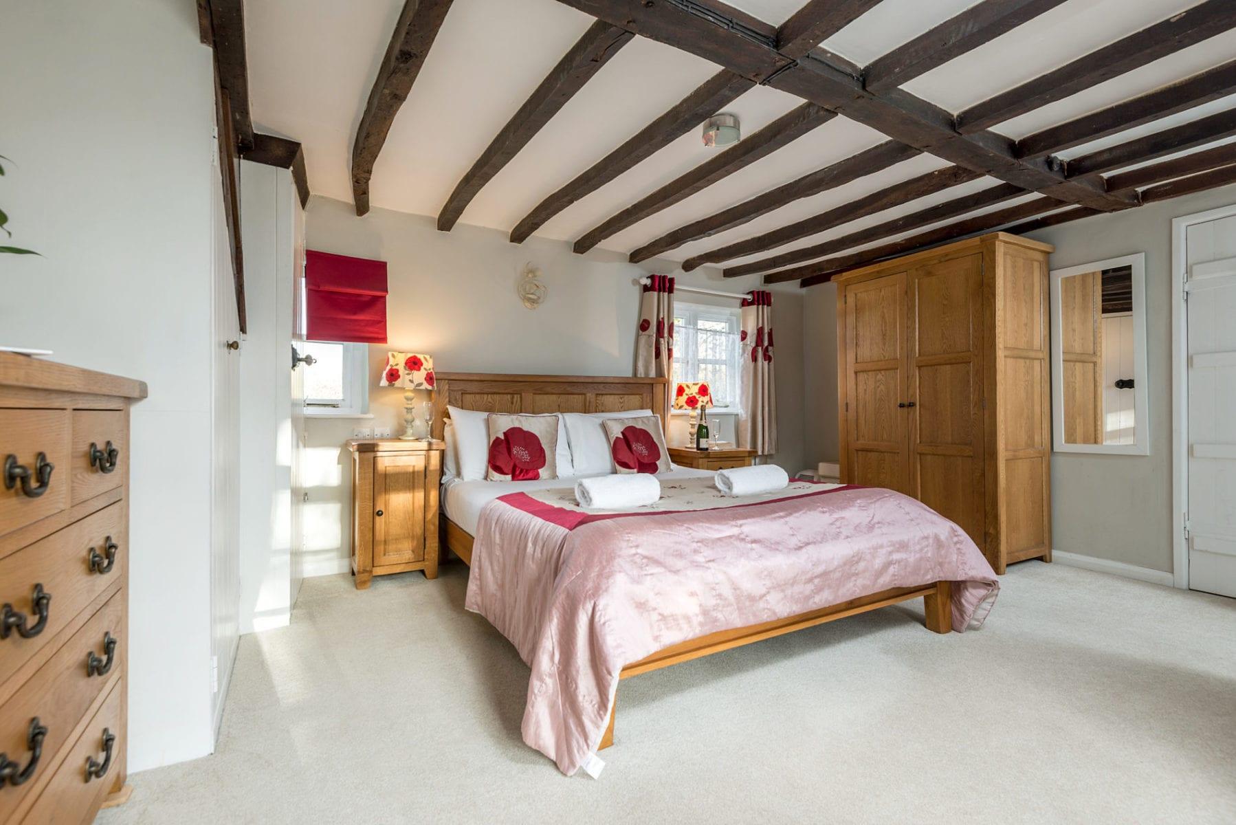 Beck Cottage, Master Bedroom with en suite