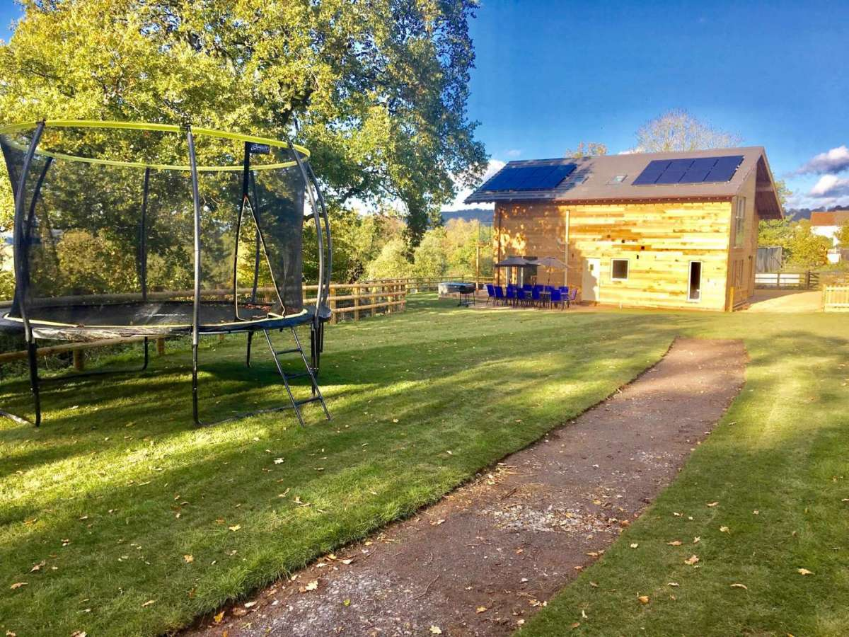 Blackdown Views, Garden and trampoline
