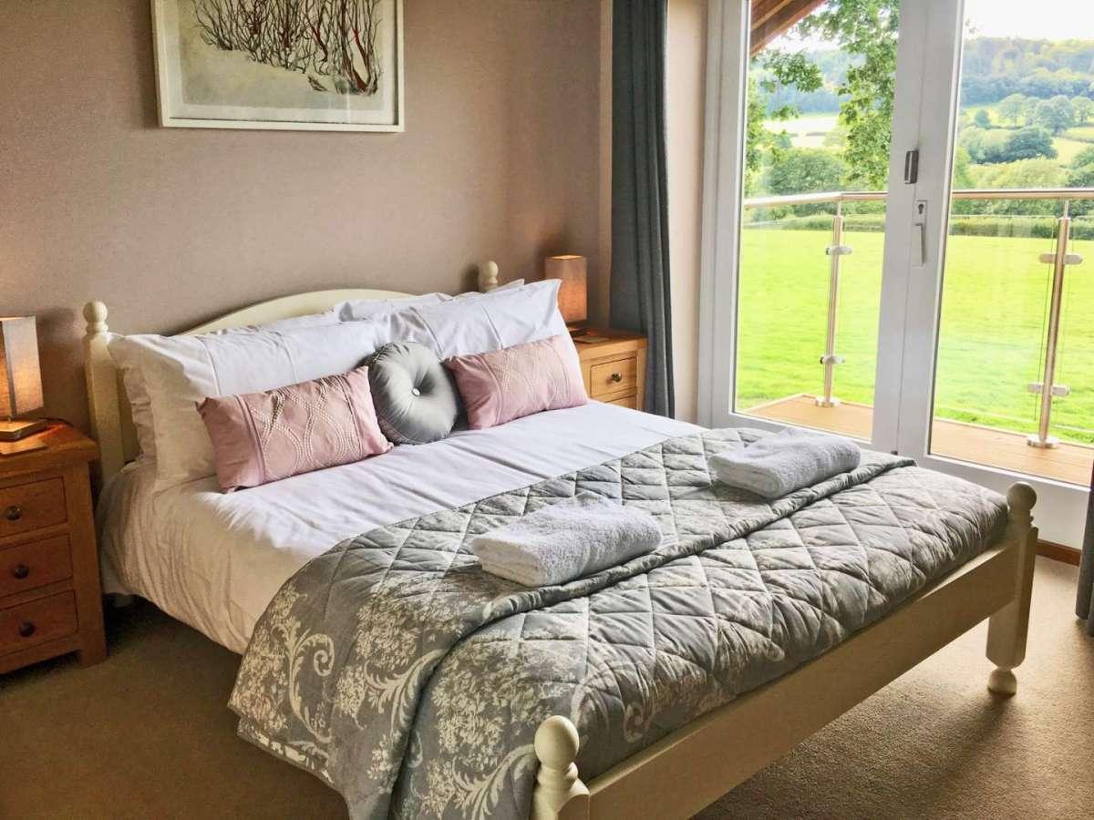 Blackdown Views, Master Bedroom with en suite