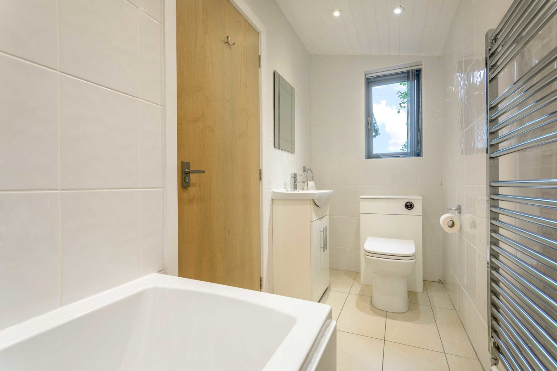Riverside Lodge, Bathroom
