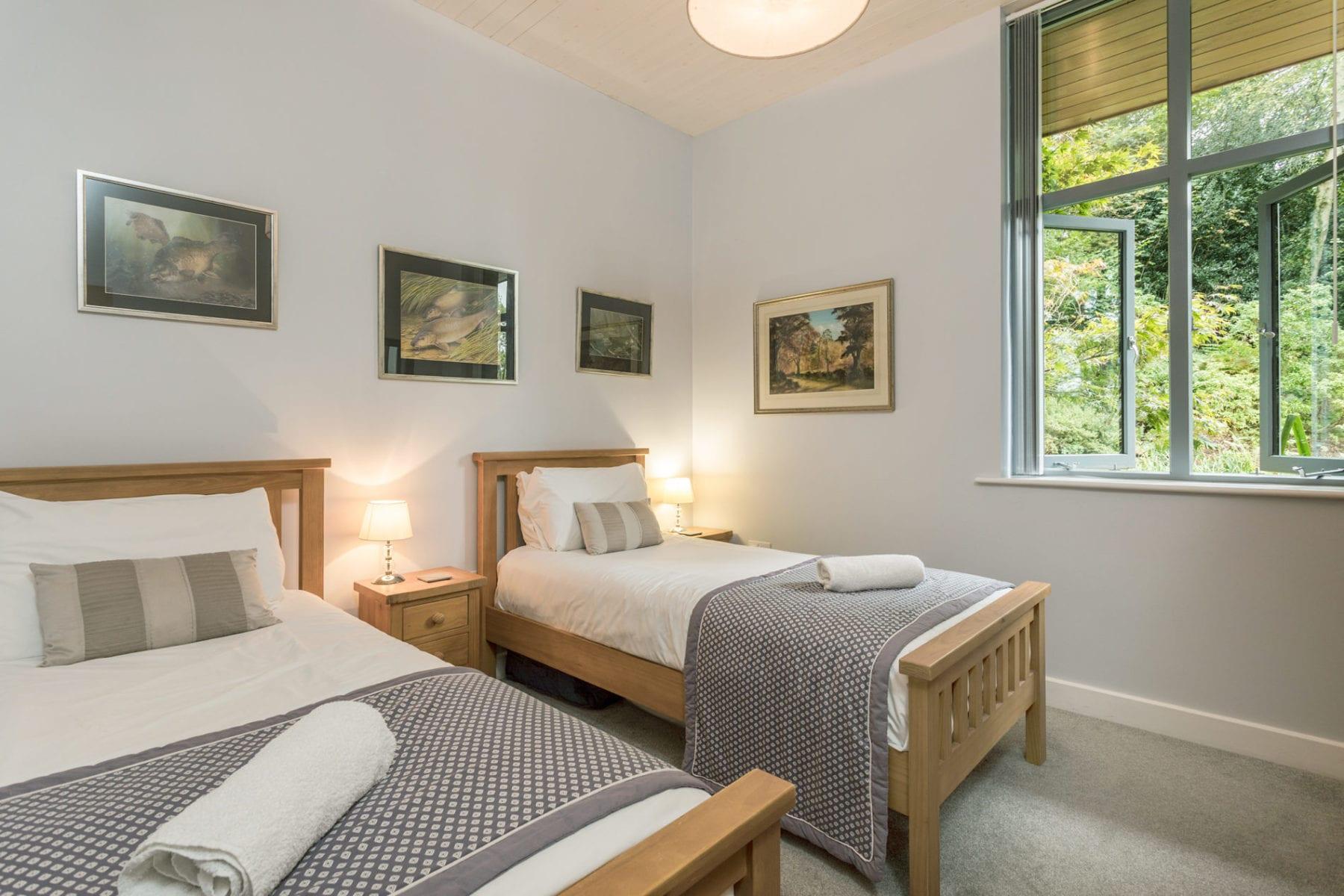 Riverside Lodge, twin room