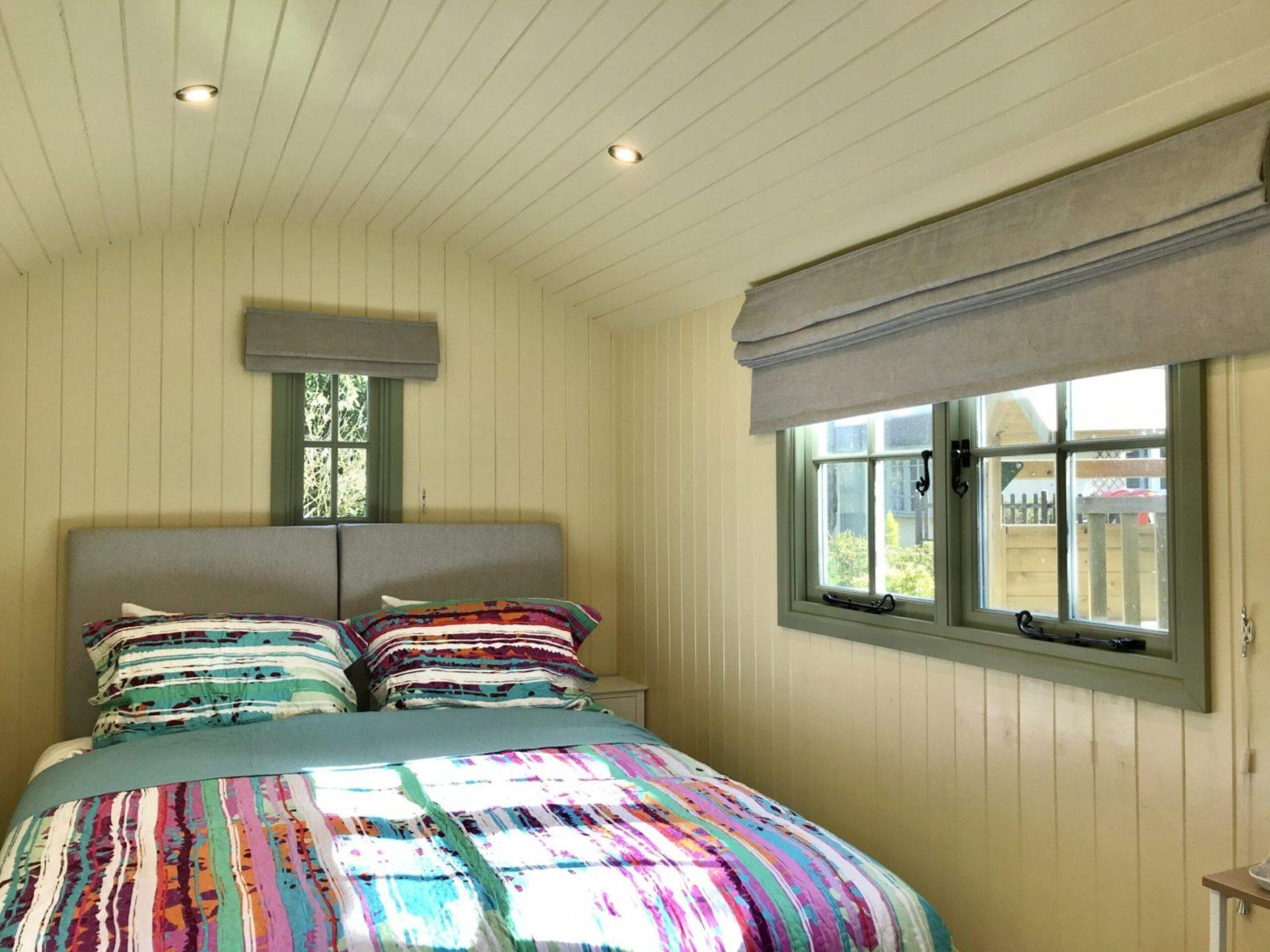 Beck Cottage, Shepherd's Hut bedroom